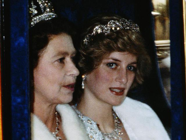 II. Erzsébet és Lady Diana