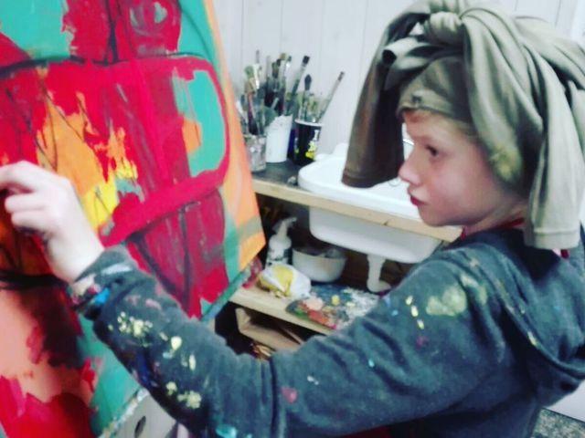 Clara Woods születésnapi kiállítása