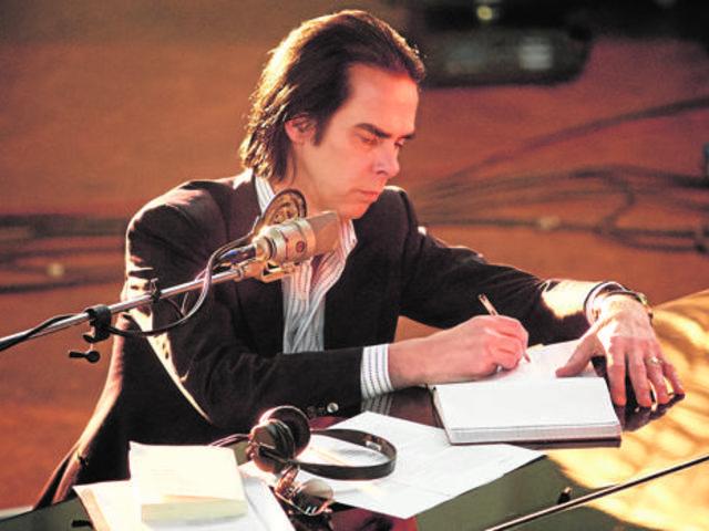 Nick Cave zenével gyógyul