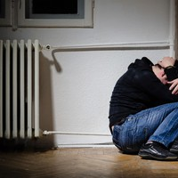 Megvédi-e valaki a bántalmazott férfiakat?