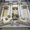A baktériumok mentik meg Michelangelo remekműveit
