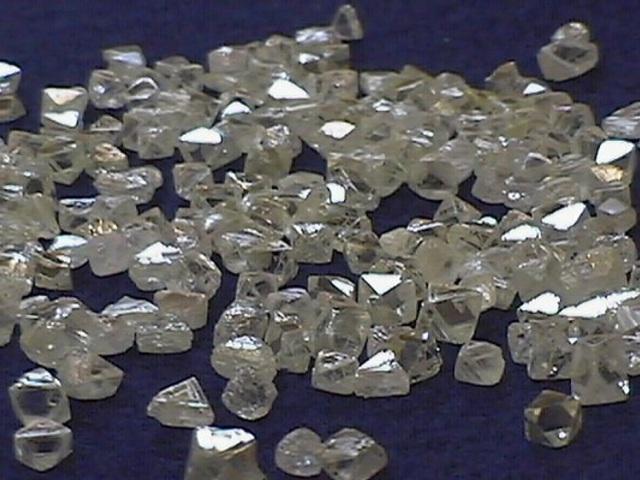 Gyémántok tonnamiliárdjai rejtőznek a lábunk alatt
