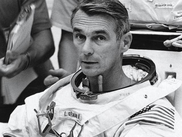 Az utolsó ember a Holdon