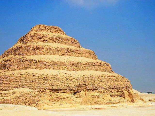 Újra látogatható Dzsószer piramisa