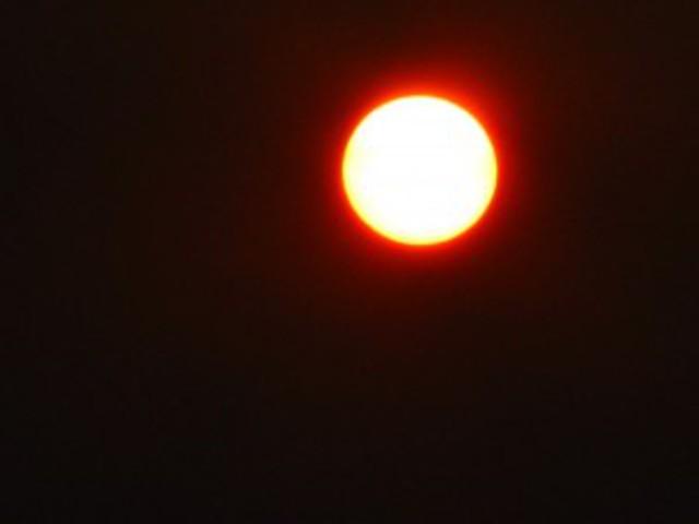 Alvók Hold és Nap között