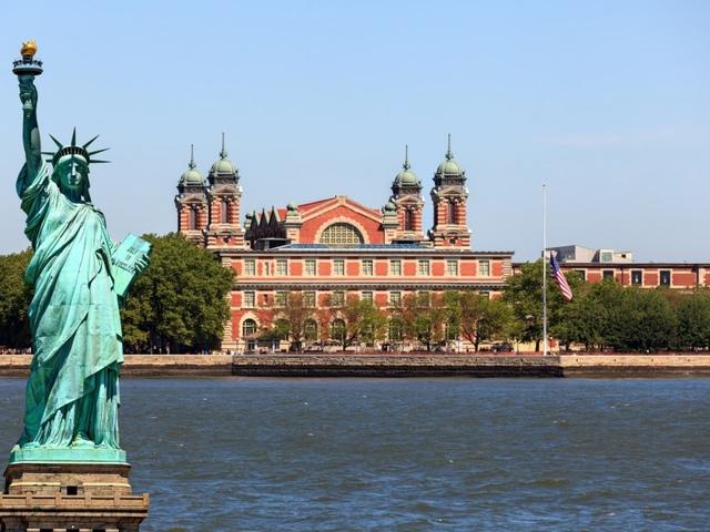 Ellis Island és az emigránsok Amerikája