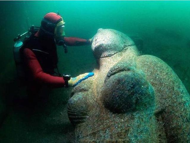 1200 éves város a tenger mélyéről