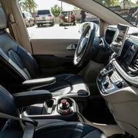 Az autonóm autó mesterséges intelligenciája tanul a vezetők hibáiból