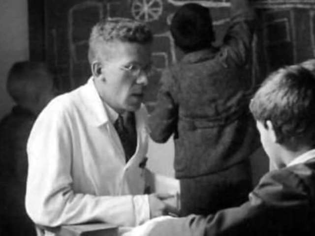 A gyermekorvos, aki kiszolgálta a nácikat