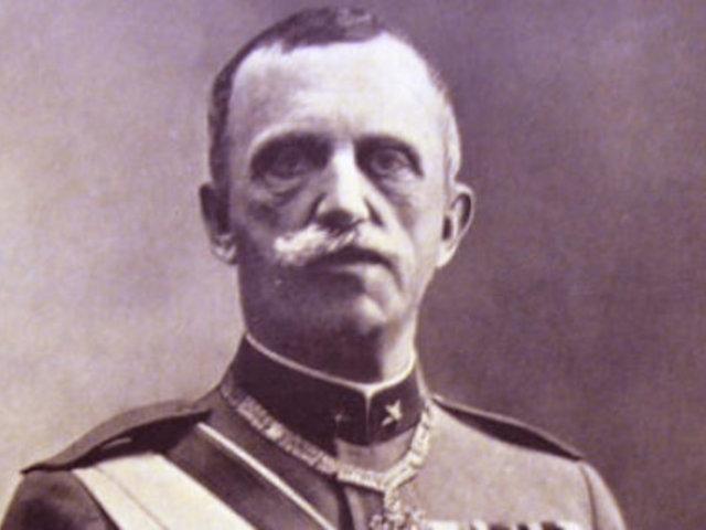 III. Viktor Emánuel, Mussolini szálláscsinálója