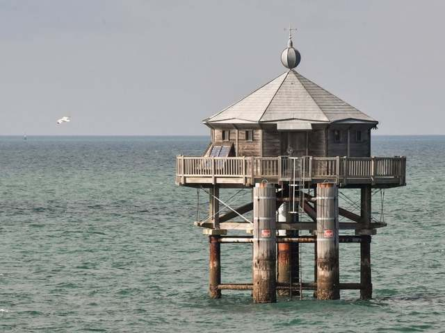 Újraépül Jules Verne világító tornya