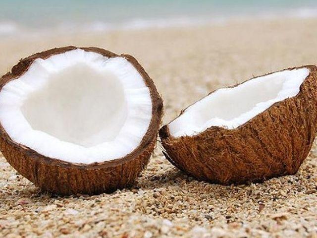 Árt-e a környezetnek a kókuszdió divatja?