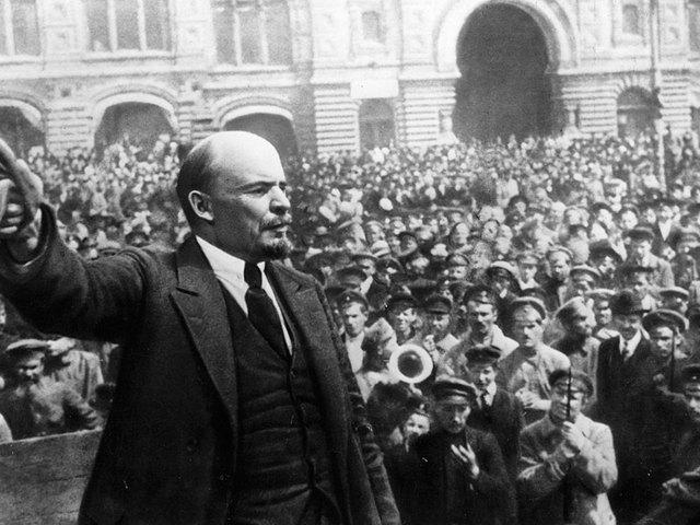 Lenin él, Lenin élni fog…
