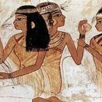 Reprodukálták Kleopátra parfümjét