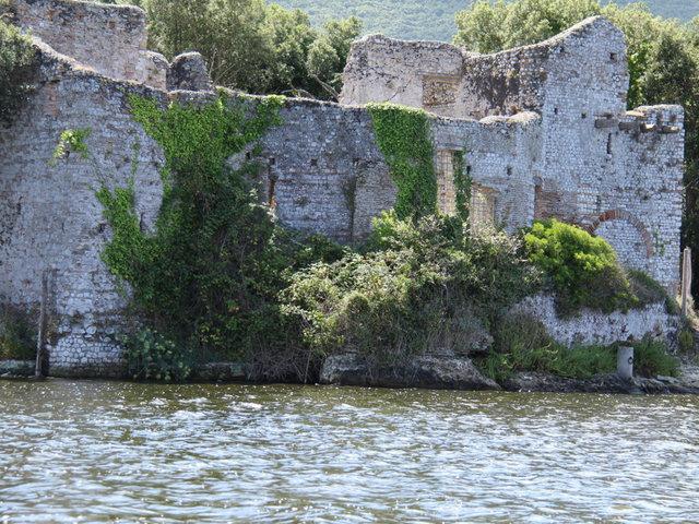 A tengervíztől elpusztíthatatlanok az ókori római építmények