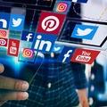 A közösségi honlapok káros magatartásra buzdíthatnak bennünket