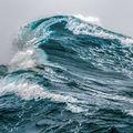 Az óceánokon egyre gyorsabbak a szelek és magasabbak a hullámok
