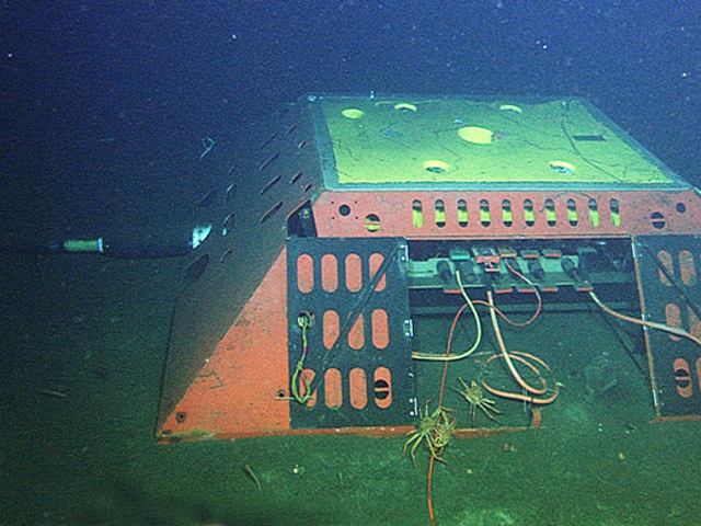 Földrengés-mérés tengeralatti kábelekkel