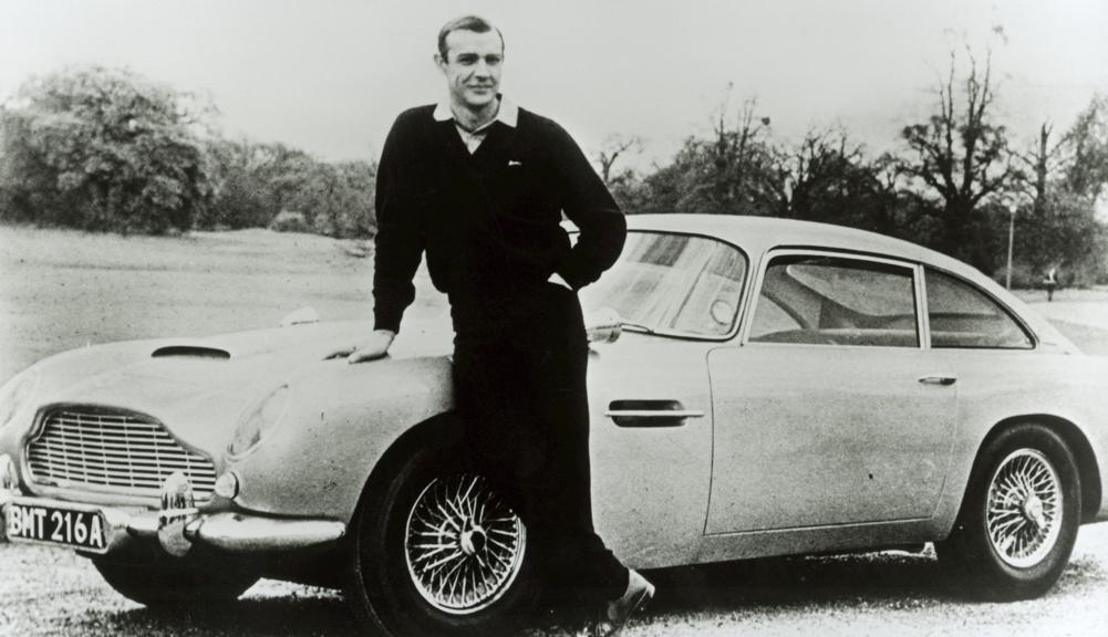 James Bond környezetbarát autón száguldozik