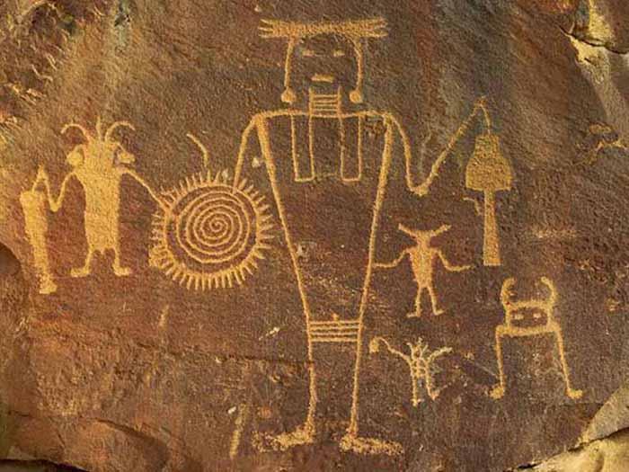 alienspetroglyph.jpg