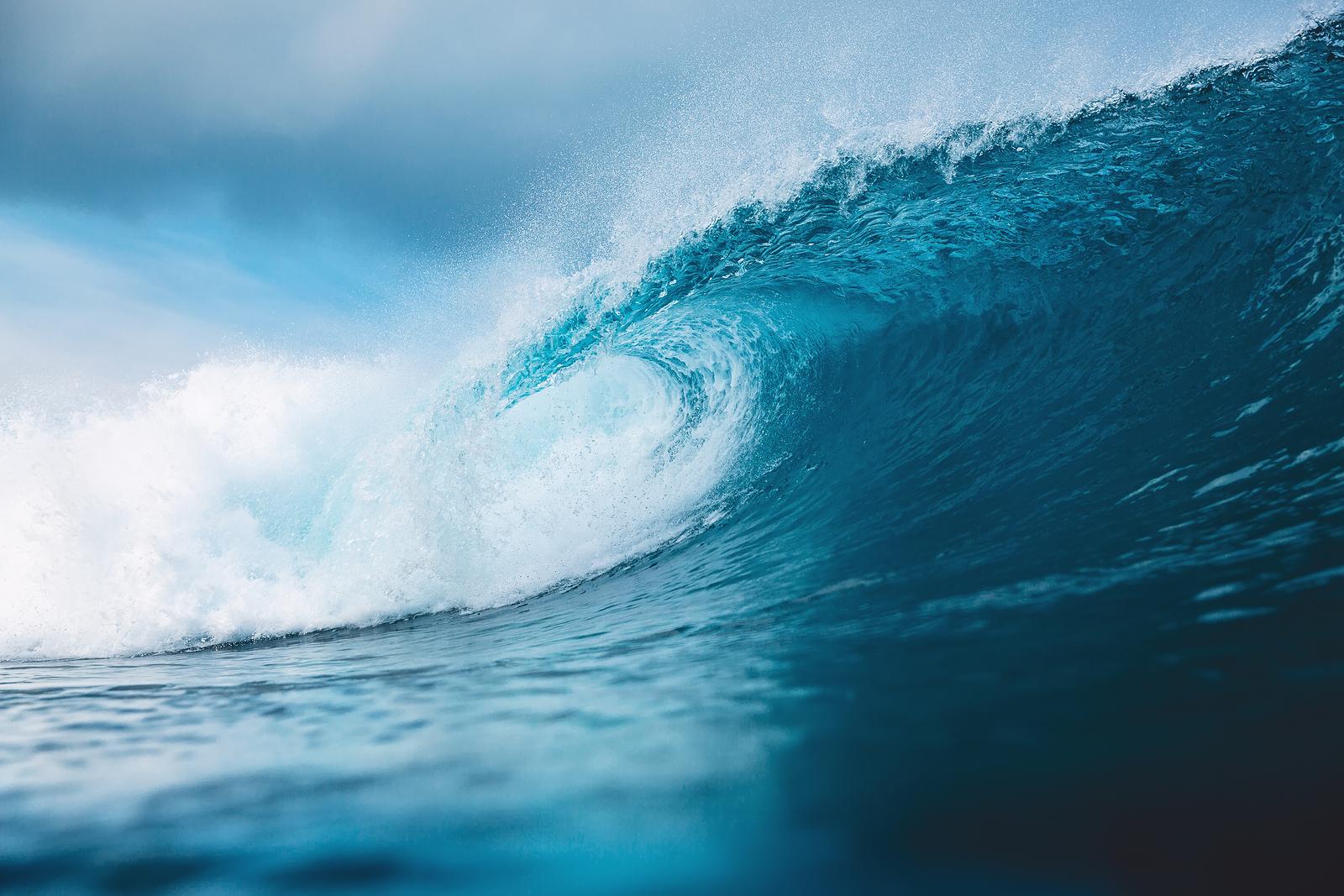 bigstock-ocean-blue-wave-in-ocean-brea-238151254-1.jpg