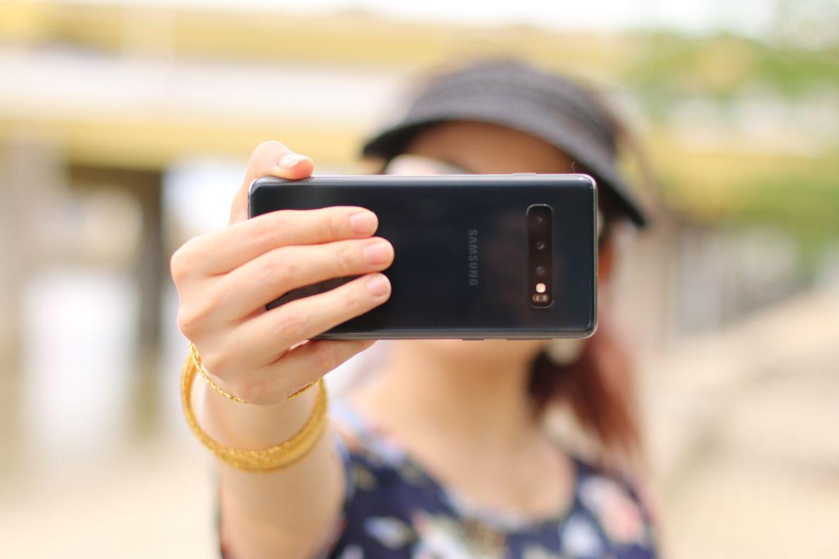 cristina-zaragoza-selfie.jpg