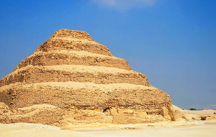 egypt-saqqara-step-pyramid-of-djoser.jpg