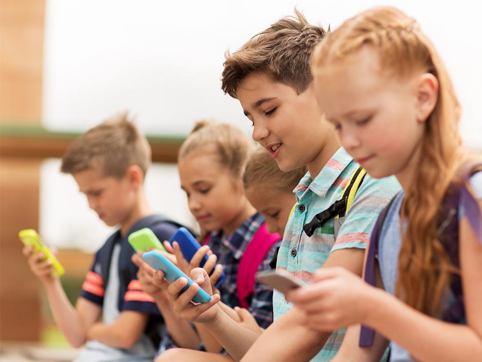 Miért szerencse a képernyő gyermekeink számára?