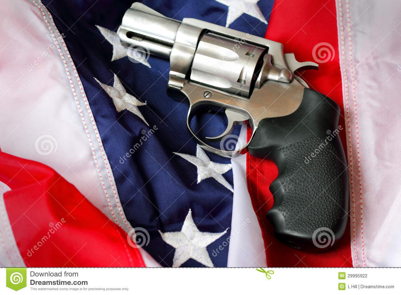 Obama tüzet nyitott a korlátlan fegyverviselésre