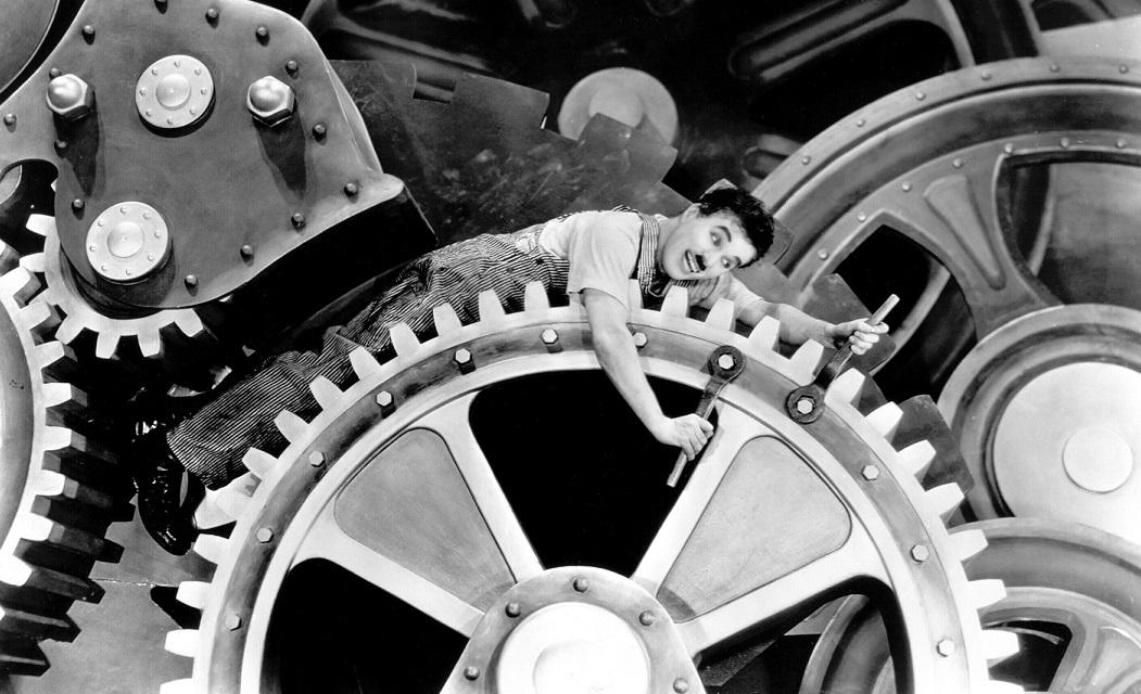 Hogyan alkotott Chaplin slágert első megszólalásából?
