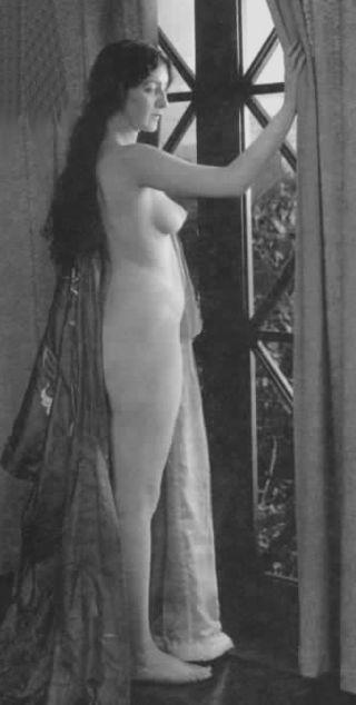 Száz éve jelent meg filmen az első meztelen nő