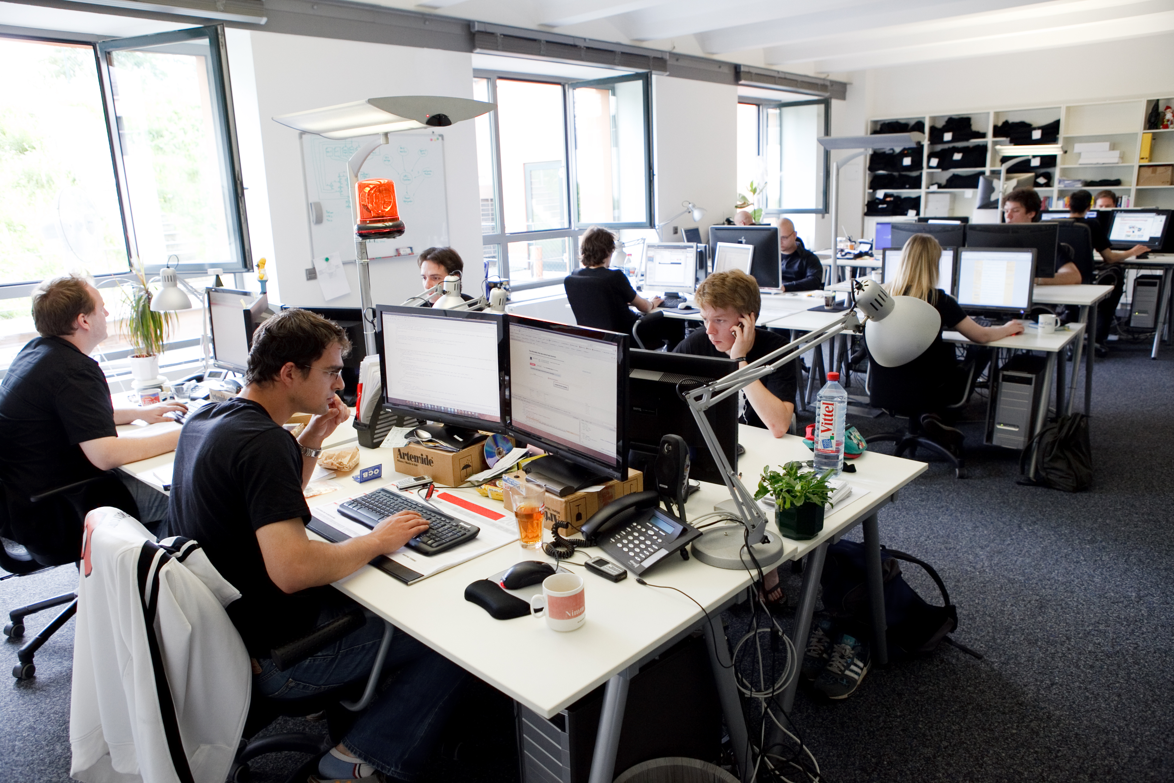 Elégedettek vagyunk-e munkahelyi életminőségünkkel?