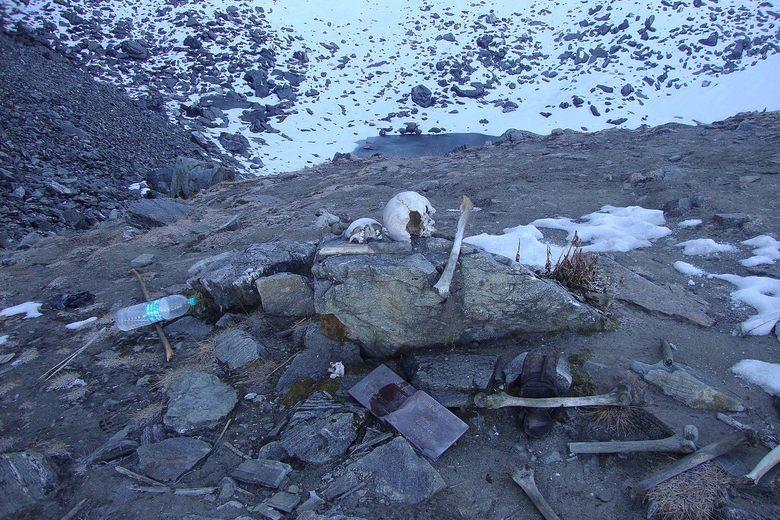 Egy emberi csontokkal teli himalájai tó rejtélye
