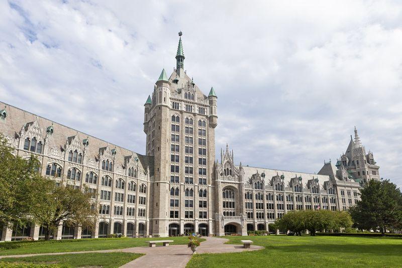 Ingyenes egyetemek New York államban
