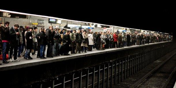 metro-commuters-banlieusards-paris-transports.jpg