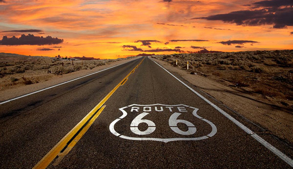 route-66-sunset_adobe_680.jpg