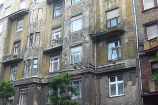 Üdvözlünk a Golyószórta falak oldalon, Budapest 7. kerületében!