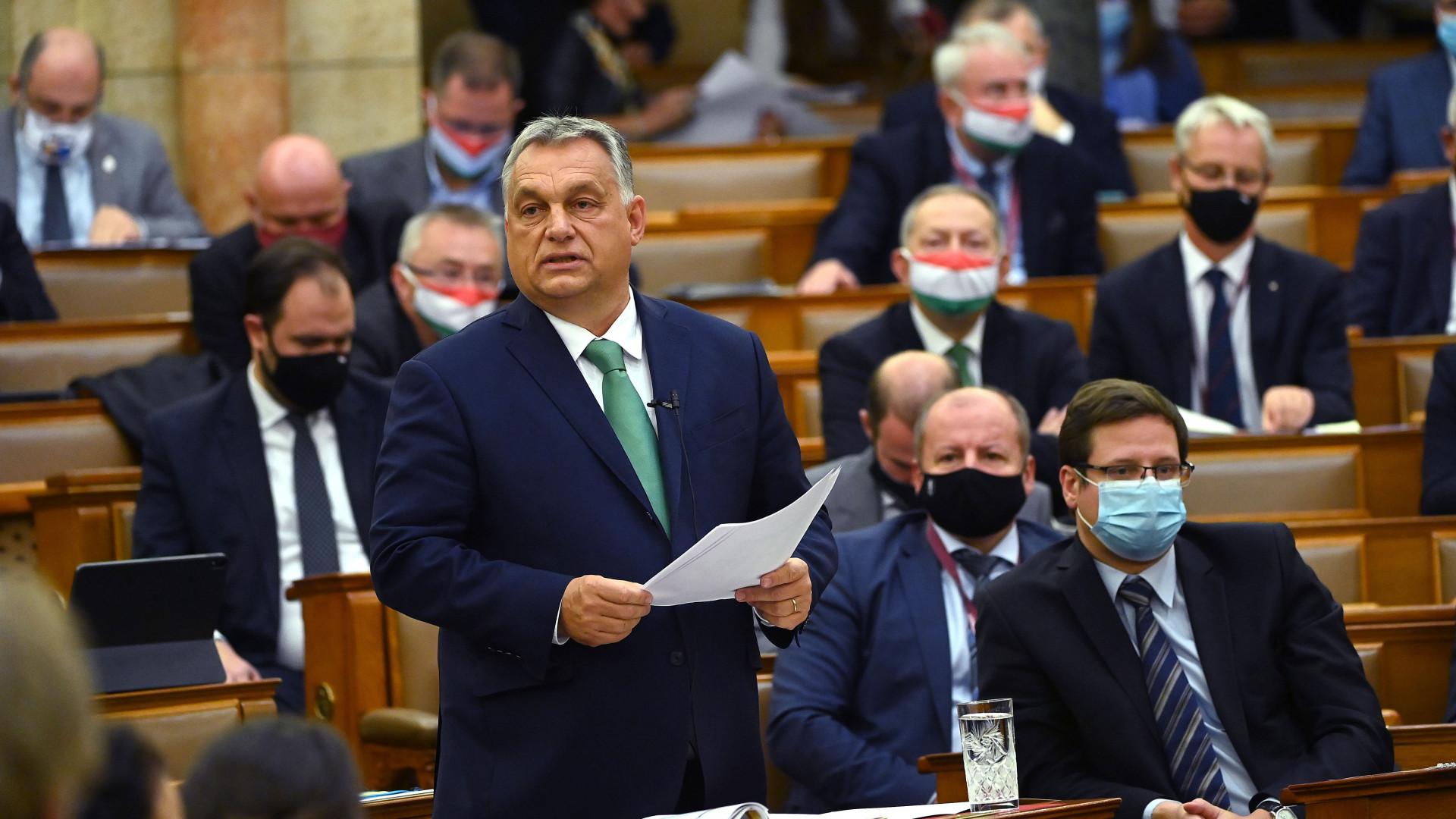 orban-viktor-parlament-406202.jpg