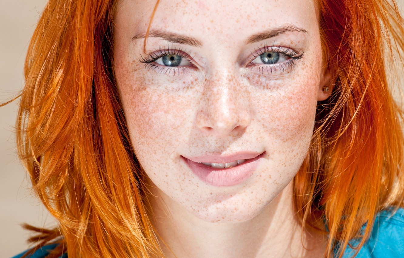 redhead-beauty-look-blue-eyes-freckles.jpg