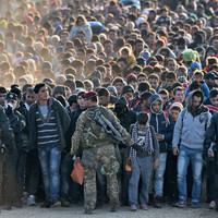 13+1 pusztító hazugság - 4. A menekültekkel Isten bünteti a hitehagyott Európát.
