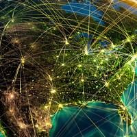 13+1 pusztító hazugság - 5. A globalizációt egy titkos háttérhatalom mozgatja