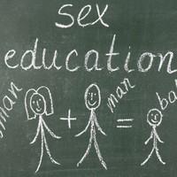 """""""A szexedukáció vajon mi?"""" margójára"""