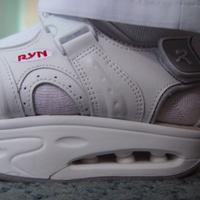 A gyógytornász választása: RYN Tracker White