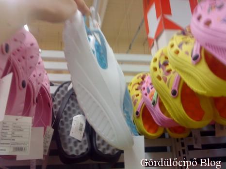 Auchan szandál - Gördülő cipő 3e5be9c433