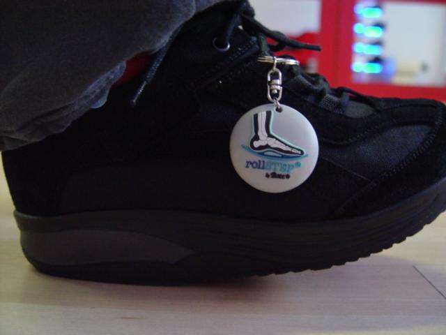 Viseléskor is érződnek a gyártó által támasztott magas minőségi  követelmények  a cipő kifejezetten kényelmes bb34f9bba6