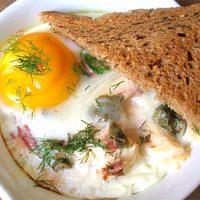 Reggelizzünk! / 10. – Sütőben sült tojást (oeuf cocotte)