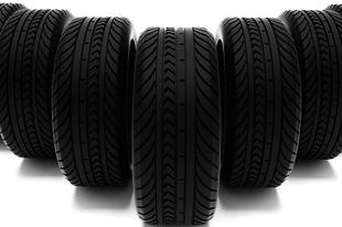 Mi alapján választunk gumit az autónkra?