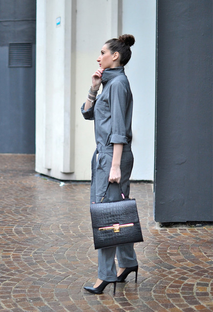 zara-dark-gray-buylevard-jumpsuits_look-main-single.jpg