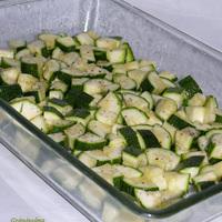 Sült salátacukkíni