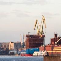 Úszó atomerőmű épül Szentpétervár közepén